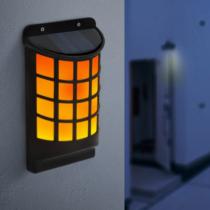 Garden of Eden LED-es szolár fali lámpa - lángeffekttel - fekete, rácsos - 18 x 10 cm