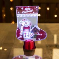 Family Christmas Karácsonyi asztali LED dekor - fényes talppal - csizma - 15 cm
