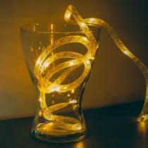 Family Decor Karácsonyi fényfüzér - melegfehér / ezüst szállal - 2 m - 2 x AA